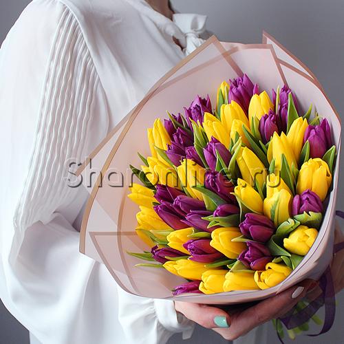 Фото №2: Букет желтых и фиолетовых тюльпанов