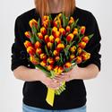 Фото №1: Букет огненных тюльпанов