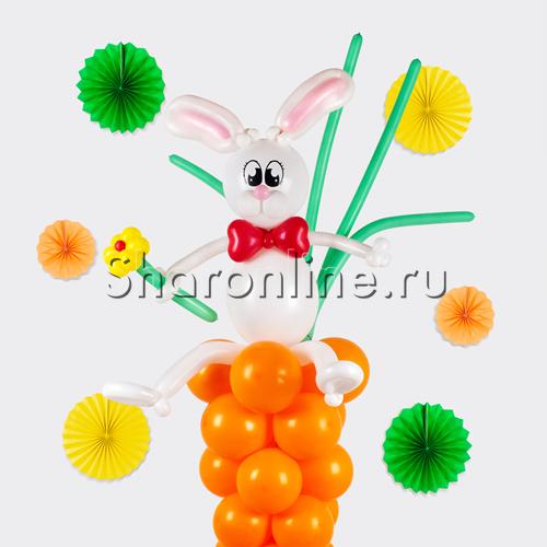 """Фото №2: Фигура из шаров """"Зайка с морковкой"""""""