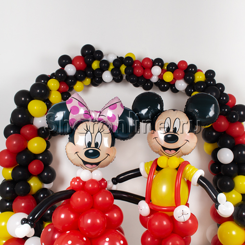 """Фото №2: Фотозона из шаров """"Микки и Минни"""""""