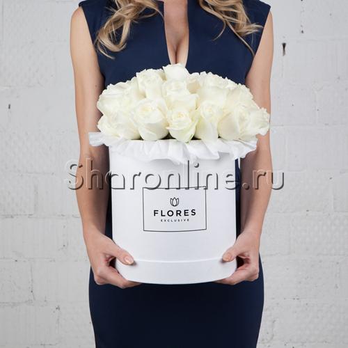 Фото №1: Коробка Classic White с белыми розами