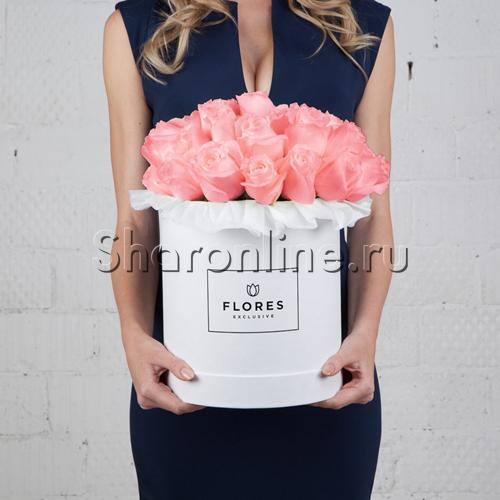 Фото №1: Коробка Classic White с розовыми розами